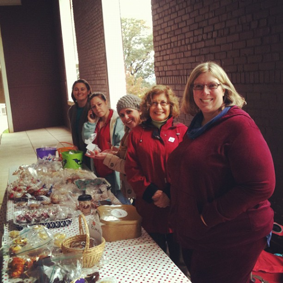 Avondale Elementary PTA hosted an Election Day Bake sale and raised over $800 for the school! Thankful for parent involvement!