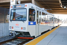 Omaha needs to incorporate Denver/RTD&#39;s Lightrail system