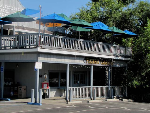 Hacienda and Pizzeria Classico