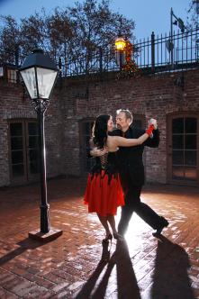 I love Argentine Tango, and I love Old Sacramento ... putting them together is the best of both worlds!