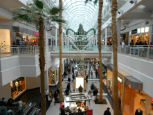 2ndary to Roseville's Galleria, Arden Fair Mall is the end-all of malls in the Greater Sacramento Area.