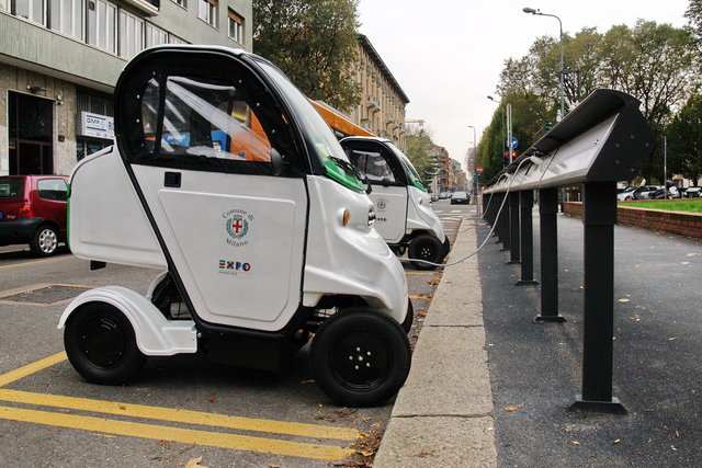 This is a car sharing service in Milan, Italy, that uses only electric vehicles.