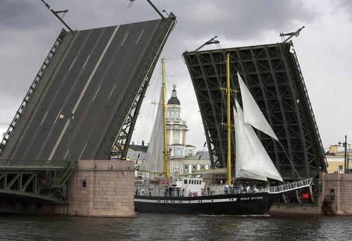 drawbridge in Saint-Petersburg
