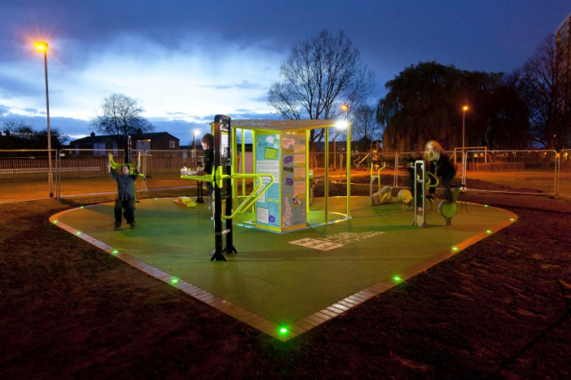 outdoor gym: turns people's workout to electricity