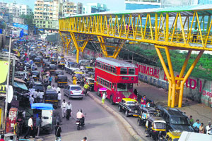 Skywalk for pedestrians which encourages and ease pedestrian traffic in Mumbai