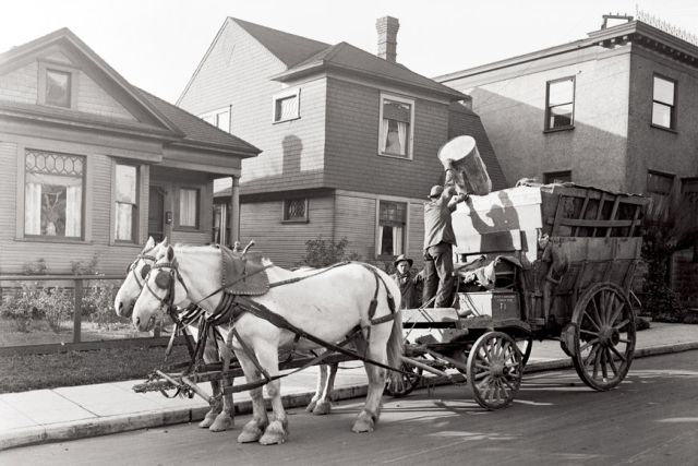 Trash collection, From: http://www.governing.com/photos/trash-trucks-through-years.html