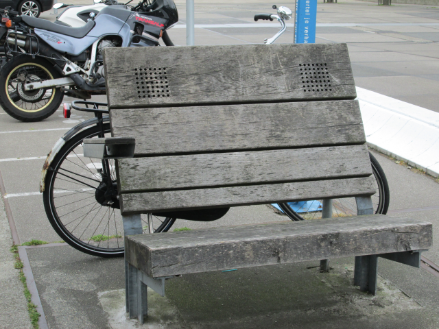 Amsterdam, Netherlands: Audible info bench