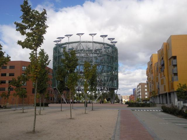 Ecoboulevar in Vallecas (Madrid Spain) http://otrarquitecturas.blogspot.ch/2011/03/eco-bulevar-de-vallecas.html