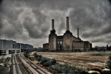 Coal power plants helped spur on the beginnings of the industrial revolution.