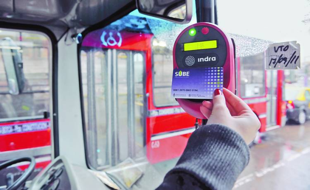 Electronic card and reader used for payment across different public transportation, mostly seen in Buenos Aires and sorroundings.