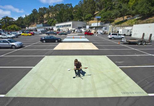 Using Different Colored Streets To Keep Our Cities Cool - http://bit.ly/124KosX
