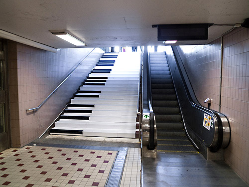 Play the piano as you climb the stairs
