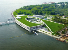 Reservoir in the City<br/>Marina Barrage, Singapore<br/><br/>Part of the government program to solve the clean water scarcity.