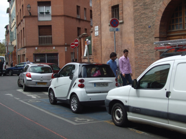 I took this picture in Toulouse, France, seemingly before Smart Cars were approved for street use in Ohio.
