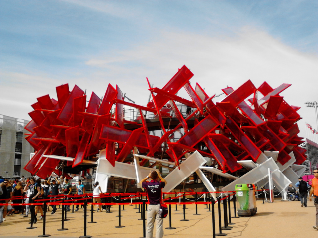Another way to use technology in cities is creating places with a purpose with which have fun. -Music box at London 2012 Olympics-