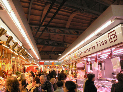 shopping at the market without stress