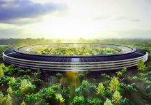 Foster and Partners eco-friendly futuristic proposal for Apple's new campus in Cupertino, California.