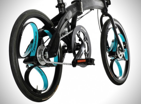 Loopwheels, integral spring type suspension system.