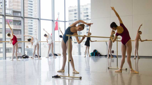 Live streaming of ballet conference/performance http://www.cbc.ca/news/arts/story/2013/05/02/assemble-internationale.html