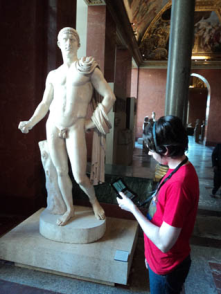 In Paris, today.  DS 3D to guide you to visit the museum of Le Louvre with GPS and WI-FI.