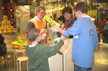 Amsterdam Nemo: http://www.e-nemo.nl/en/?id=1&s=635&d=33 Kids can learn about gravity, light, sound and static electricity