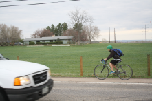 Pedestrians, bikes, and cars all share the road along Vine Drive. Students use Vine to get to Lincoln Middle and Putnam Elementary Schools.