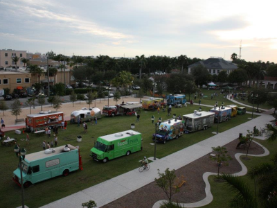 Food Truck Plaza