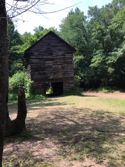 Tobaccos barn